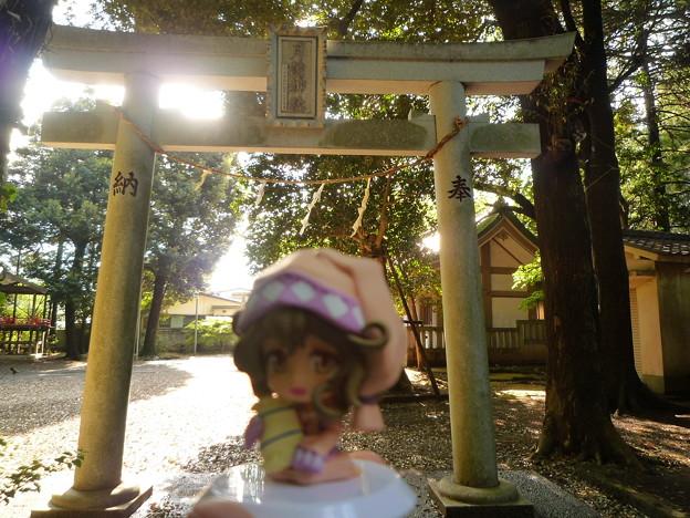 月讀神社拝殿の東にある鳥居