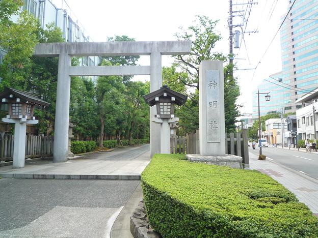 神明社の表参道入口