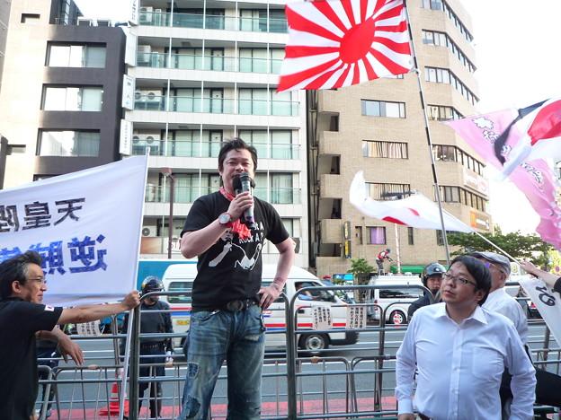 国士の西村斉氏と日本第一党党首の国士桜井誠氏