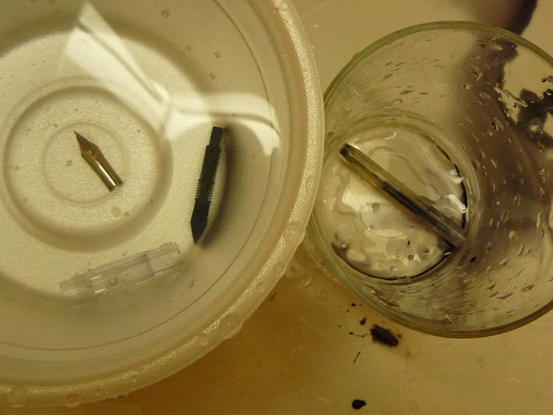 カクノ透明軸の分解洗浄3