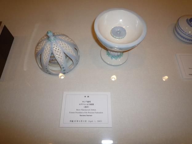 明治神宮へ奉納された美術工芸品。