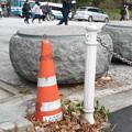 Photos: フォークリフトで置かれた置き石