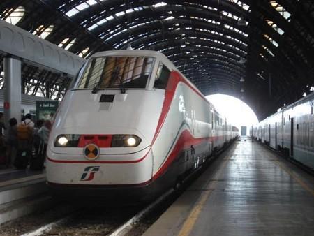 ヴェネツィア行きFB9713(ミラノ駅)
