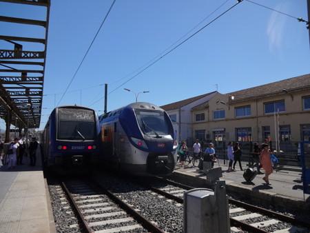 マルセイユ行き列車(マルセイユ・サン・シャルル駅)