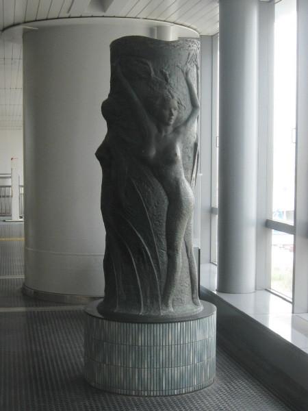神戸空港の物体