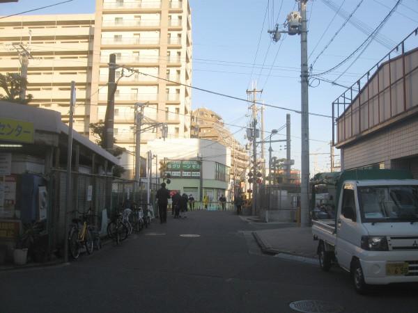 塚口ホーム際