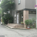 Photos: 路面の玄関