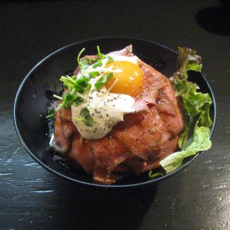 ロスートビーフ丼