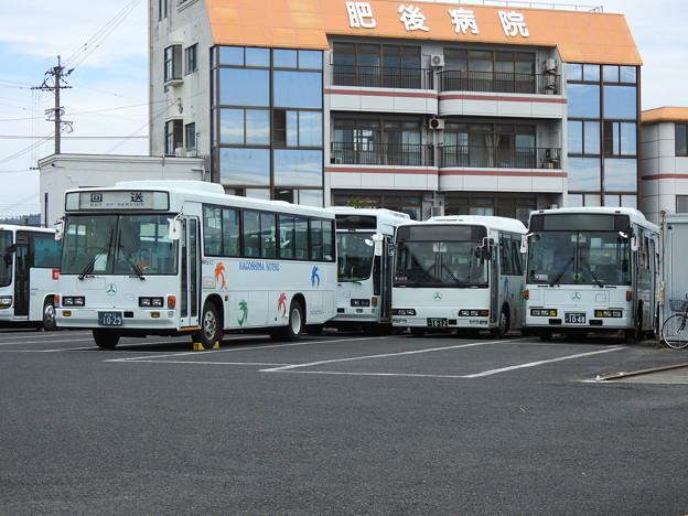 1029号車・1812号車(元京成バス)・1048号車(元西武バス)