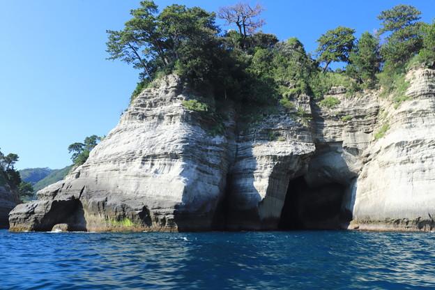 Photos: いざ洞窟へ
