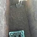 Photos: ゴミ穴完成深さ約130cm