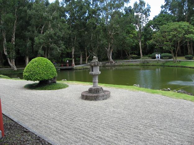平等院の前に広がる庭