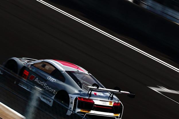 写真: Audi R8