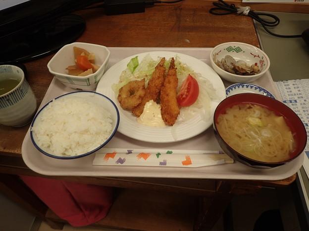 4月25日夕食(蒲郡競艇場職員食堂)
