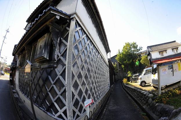 ナマコ壁(知多市岡田)