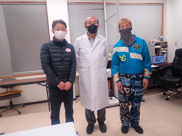 蒲郡競艇医務室にて (1)
