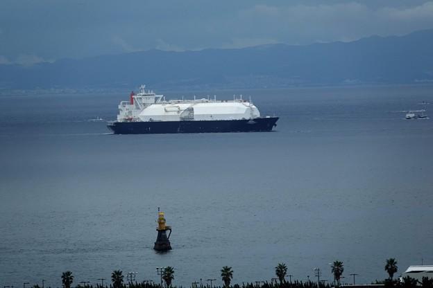 Photos: LNG SATURN