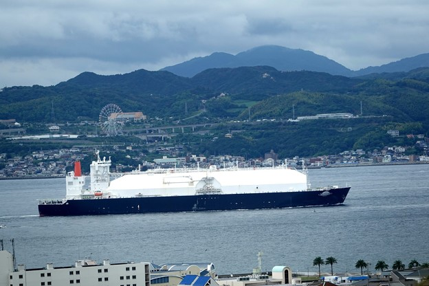 Photos: LNG SATURN