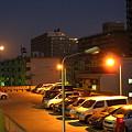 夜明け前パーキング・・そして月。。