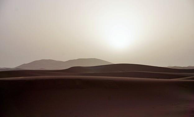 砂丘の朝陽~サハラ砂漠 Sahara Desert's Erg Chebbi