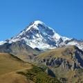 Photos: 涼を呼ぶ~カズベク山、ジョージア Mt. Kazbek