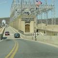 写真: 水力発電所