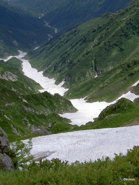 石転び沢雪渓