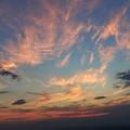 Photos: 左から飛行機雲