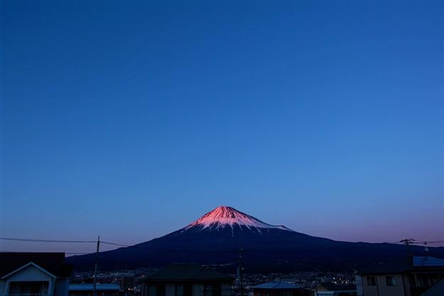 2月7日富士宮からの夕方富士山~ スッキリ綺麗でした(^ ^)