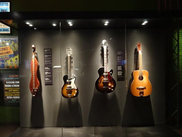 Guitars @Exhibitionism-ザ・ローリング・ストーンズ展 28052019