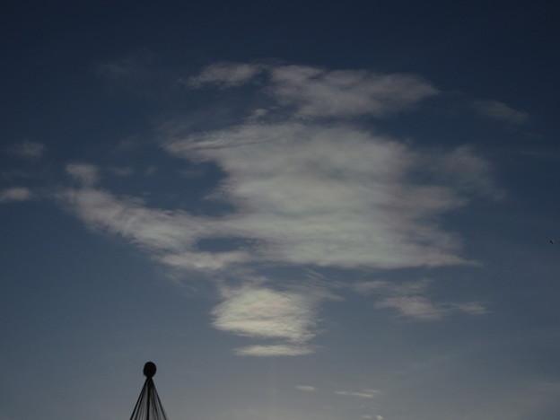 彩雲? うっすらと