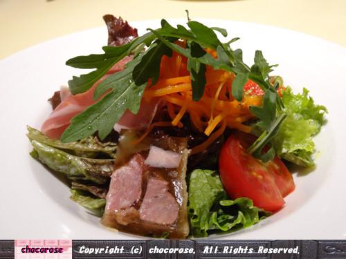 前菜のサラダ