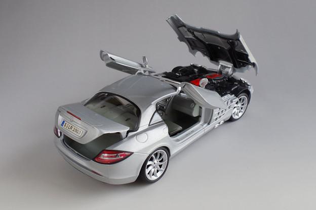 Maisto Benz SLR McLaren_4