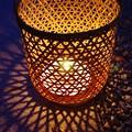 写真: 籠の灯り