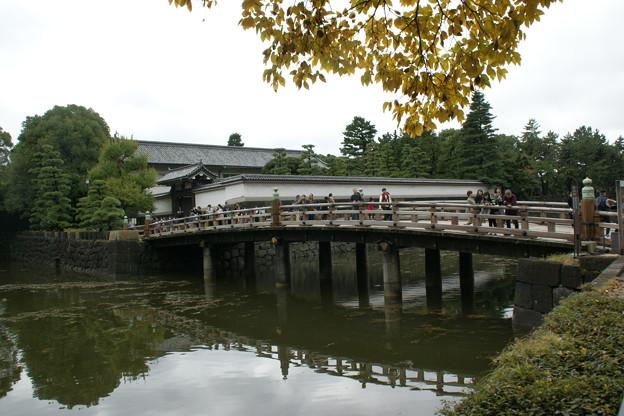 平川門への橋