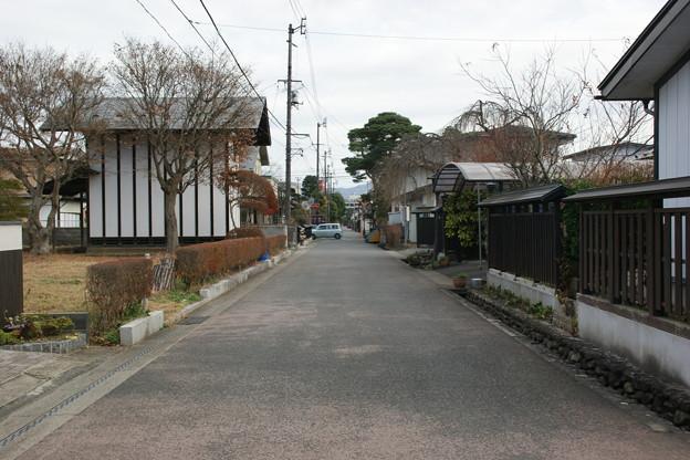 武家屋敷があった辺りの通り