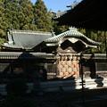 Photos: 本殿の門