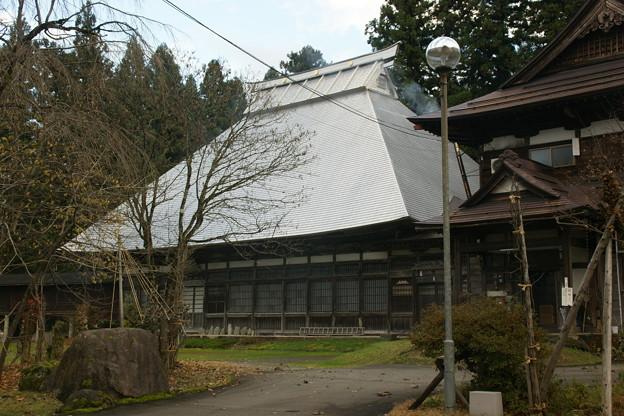 龍谷寺本堂