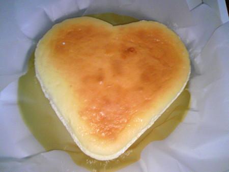 チーズケーキハウスチロル ハート形のチーズケーキ(1)