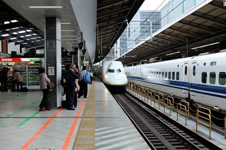 2014.04.18 東京駅 Maxとき318号到着