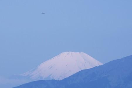 2017.05.02 駅前 富士山と米軍機
