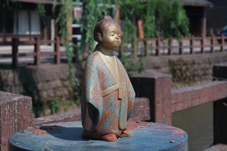 2017.06.23 佐原 小野川 街灯の上に人形 童