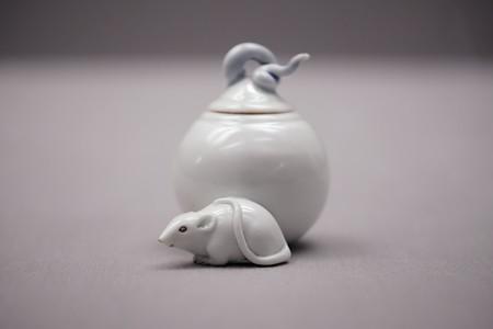 2018.03.16 東京博物館 白磁宝珠に鼠形筆洗 平戸 G-3880