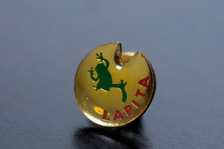 2018.09.27 机 LAPITA lapel pin