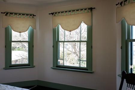 2019.03.12 山手 ブラフ18番館 寝室の窓