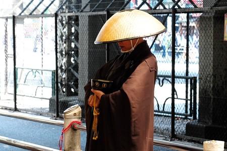 2019.05.30 上野駅 托鉢