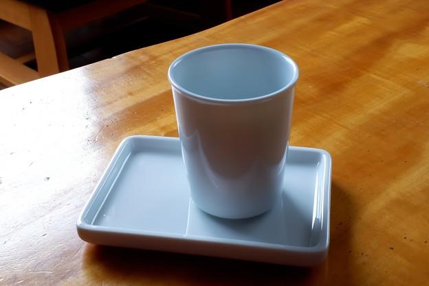 2019.06.22 無印良品 白磁コップと皿