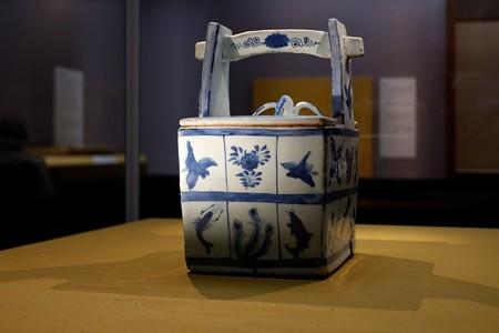 2019.08.20 東京国立博物館 青花手桶形水指 TG-2562