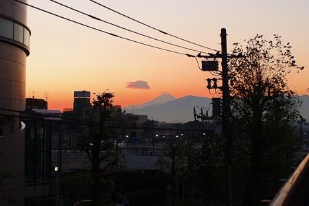 2019.12.01 駅前 傘
