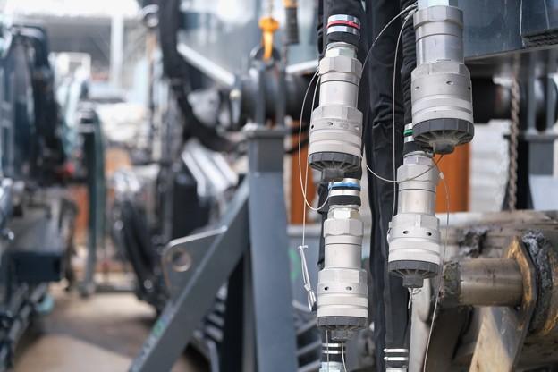 2020.03.31 和泉川 ショベルカー 腕 接続接栓